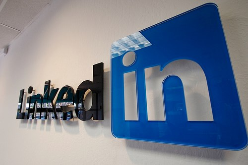 LinkedIn plug-in mines for user email addresses