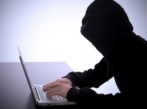 18,000 suspected cyber criminals 'shopped' by rival gang