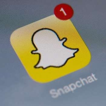 Hundreds of thousands of naked Snapchat pictures leaked by hackers