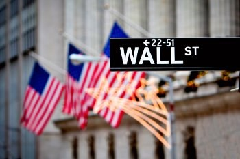 Cash-happy hackers phish for Wall Street secrets