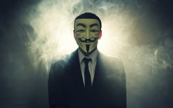 Anonymous says its members are better hackers than IS